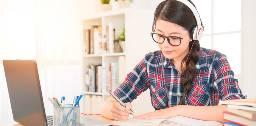 Estudiar inglés potencia el cerebro de los estudiantes