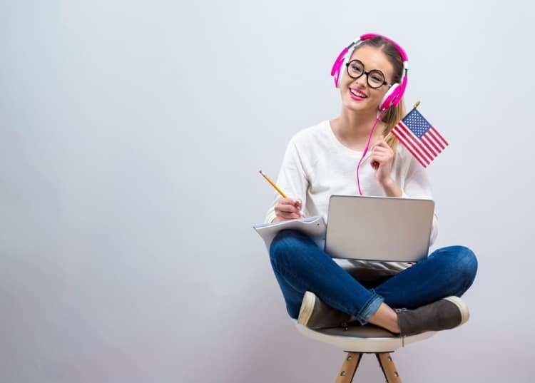Cursos de inglés gratis vs. de pago